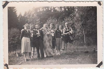 (F17291) Orig. Foto Personen, Wanderung bei Lockenmühle 1938