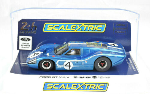 Scalextric Ford GT MKIV - 1967 Le Mans DPR W/ Lights 1/32 Scale Slot Car C4031