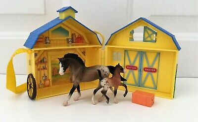 BREYER STABLEMATES POCKET BARN YELLOW BLUE HORSE FOAL HAY BALE CARRY STRAP