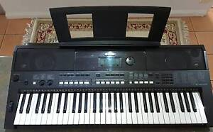 Yamaha PSR - 24 33 Keyboard Picton Wollondilly Area Preview