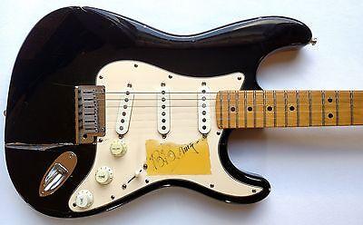 Fender American Autographed Memorabilia 1989 USA Stratocaster Standard W/Case