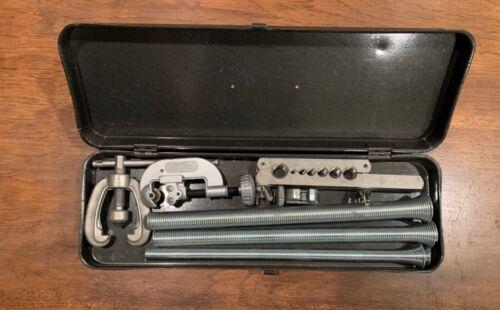 Vintage Craftsman Flaring Tool Kit with Pipe cutter in Original Metal Box !