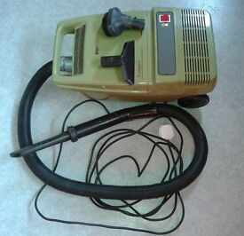 Hoover Compact vacuum cleaner