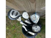 Howson golf bag with clubs