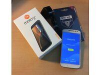 Motorola Moto G4 XT1622 16GB White (Dual SIM) Unlocked. Android 7 Nougat