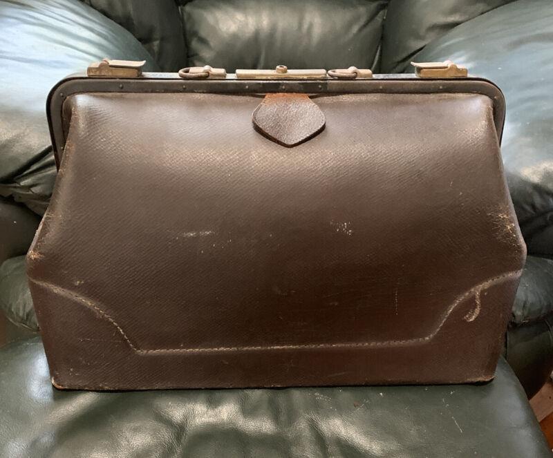 Vintage LEATHER DOCTOR BAG Seal Walrus? Large Satchel Tote Black worn patina