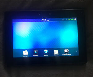 BlackBerry Playbook 32GB + quick charge dock