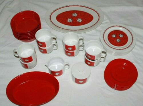Vintage Oneida Deluxe Melamine Dinnerware Lot Of 36