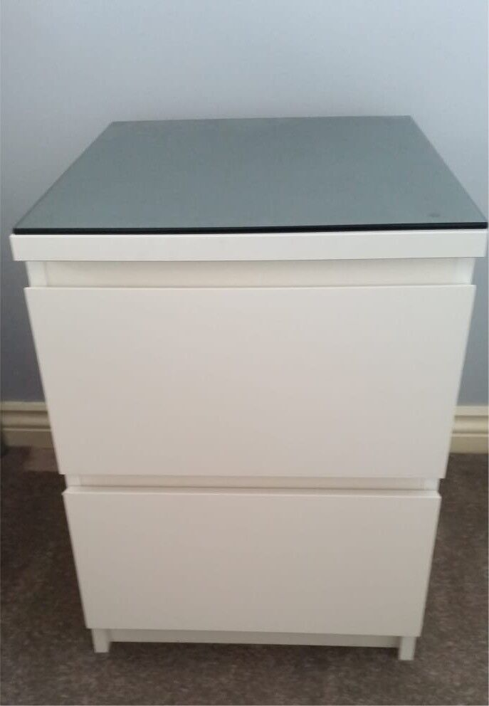 Stupendous Ikea Malm Bedside Chest Of Drawers Black Glass Top Excellent Condition In Jarrow Tyne And Wear Gumtree Home Remodeling Inspirations Genioncuboardxyz