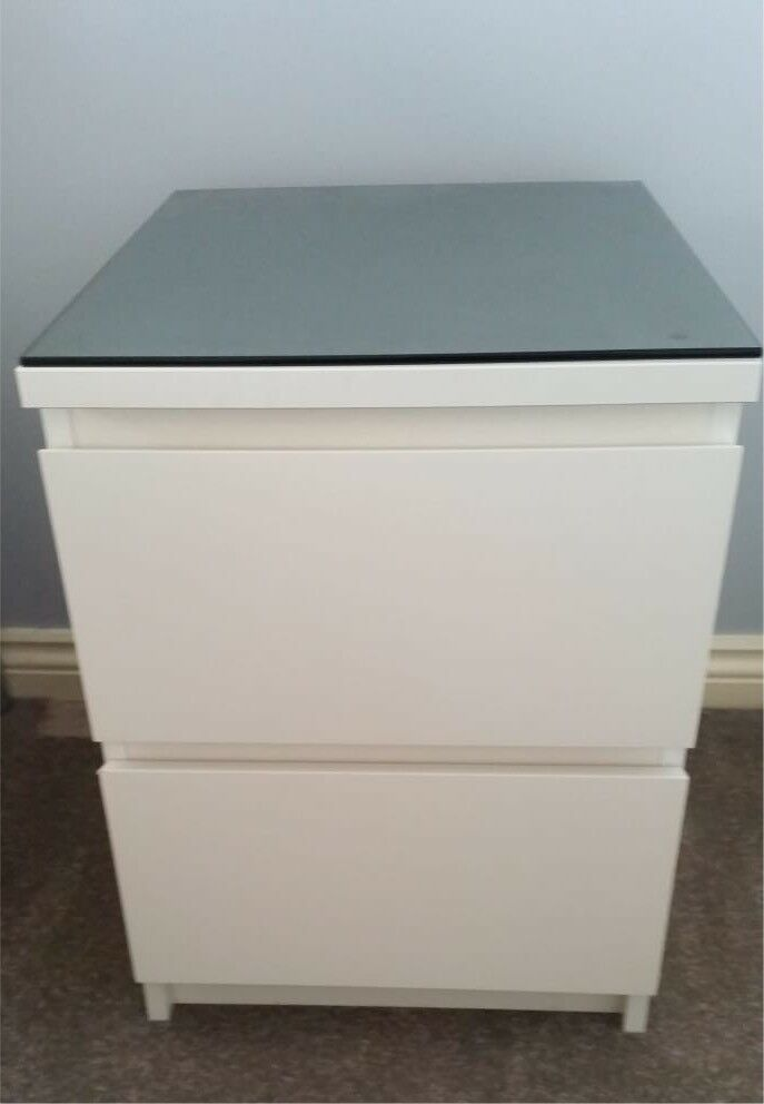Phenomenal Ikea Malm Bedside Chest Of Drawers Black Glass Top Excellent Condition In Jarrow Tyne And Wear Gumtree Download Free Architecture Designs Crovemadebymaigaardcom