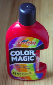 Turtle Wax Colour Magic, Red Wax Polish, 500ml. Includes chip filler stick