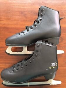 Brand new Men's ice skates size 42 Forestville Unley Area Preview
