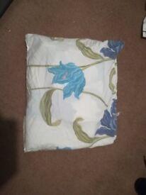 Double duvet covers + pillows