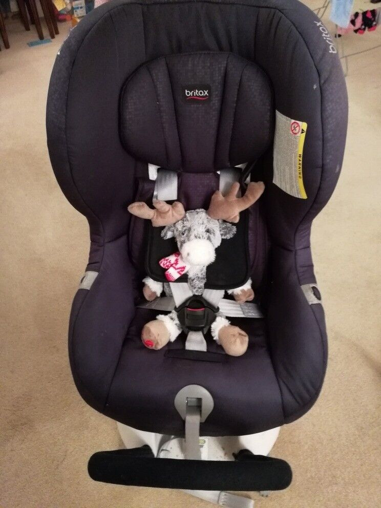 Britax Max Fix II Car Seat With Baby Insert Group 0 1