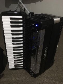 Accordion Roland Fr8x Officer Cardinia Area Preview
