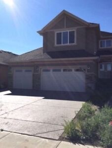 $5000 Down Beautiful New Home on Golf Course in Lyalta!!!