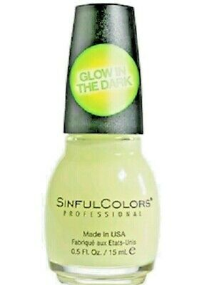 Green Halloween Nails (Sinful Colors Nail Polish 1353 Glow in the Dark ~ Halloween)