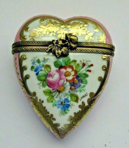 PEINT MAIN LIMOGES TRINKET-PINK HEART BY LOMAS