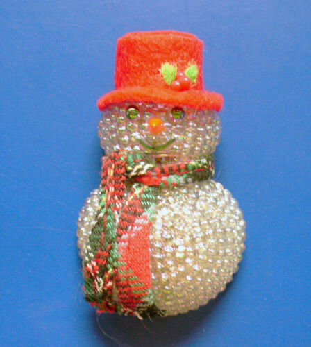 Avon PIN Christmas Vintage LIGHT UP SNOWMAN CHILLY Samantha Holiday Brooch