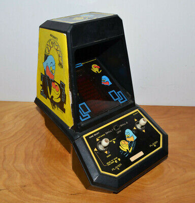VINTAGE PAC-MAN MINI TABLETOP ARCADE GAME COLECO 1981 WORKING WITH BATTERY COVER