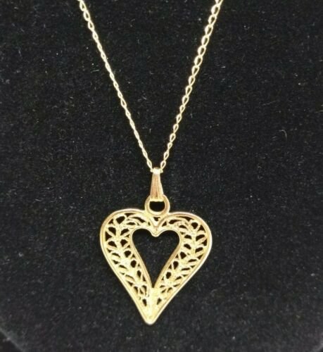14K Yellow Gold Filigree Heart Pendant Necklace Love
