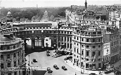 B89541 admiralty arch buckingham palace london car voiture  uk