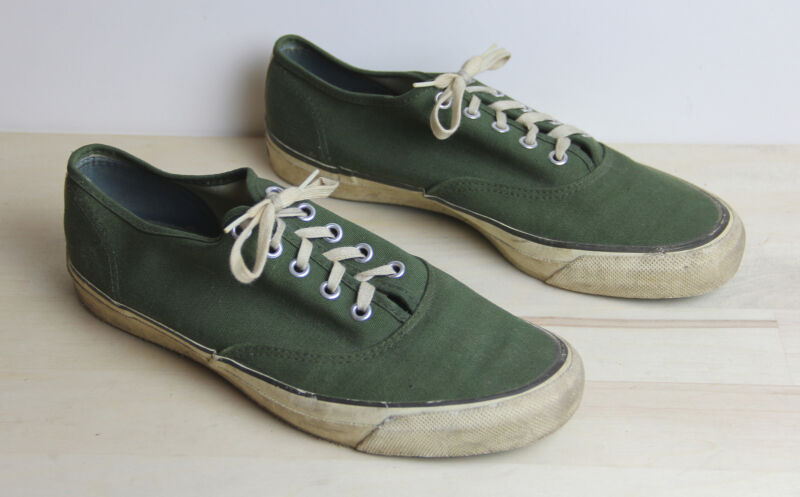 Vintage JCPENNEY PENNEYS Canvas Athletic Sneakers Shoes Basketball Mens Size 8 D