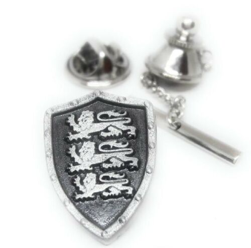 PEWTER SCOTTISH LION SHIELD TIE TACK / LAPEL PIN