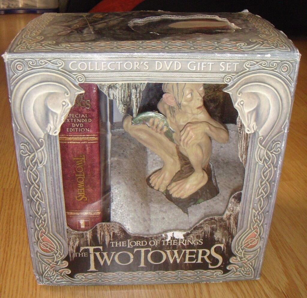 Lord of the RingsThe Two Towers DVD box set with Gollum statue in excellent conditionin Drighlington, West YorkshireGumtree - This original DVD box set is in excellent condition with all disks being near mint. Disk trays are completely intact. Booklet, insert and certificate of authority are also intact. Gollum as Smeagol statue is in brilliant condition, never been out of...