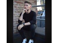 Singer/Songwriter searching for Guitarist/Keyboard player