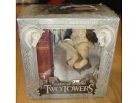 Lord of the Rings - The Two Towers DVD box set with Gollum statue in excellent condition.