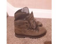 Meindl walking boots size 8.5