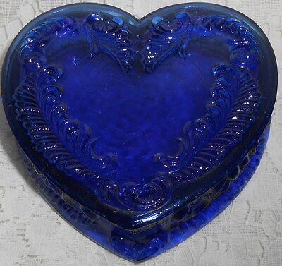 Blue Vaseline glass heart powder jewelry box dresser holder ring uranium cobalt