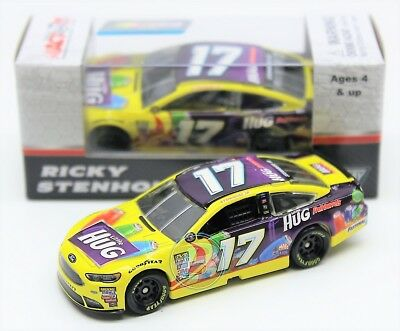 Ricky Stenhouse Jr 2017 ACTION 1:64 #17 Little Hug Ford Nascar Monster Diecast