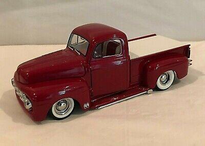 Danbury 1951 Ford F-1 Custom Pickup Truck Candy Apple Red 1/24 Scale READ!