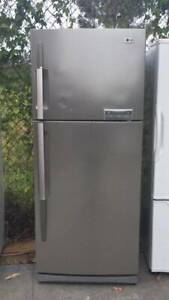 Stainless steel good size 466 liter LG fridge   it is in good working