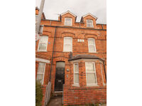 High Quality Two Bedroom Apartment Available Cromwell Road, Botanic - Septmebr 2016