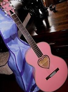 JJ Heart 3/4 Scale Acoustic Guitar - Excellent Condition