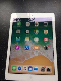 iPad Air 1 silver good condition