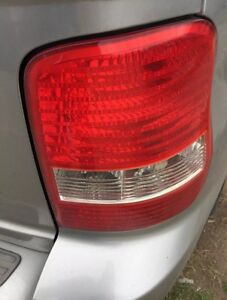KIA CARNIVAL KV SERIES 2 12/01 - 09/06 RIGHT HAND SIDE TAIL LIGHT Craigieburn Hume Area Preview