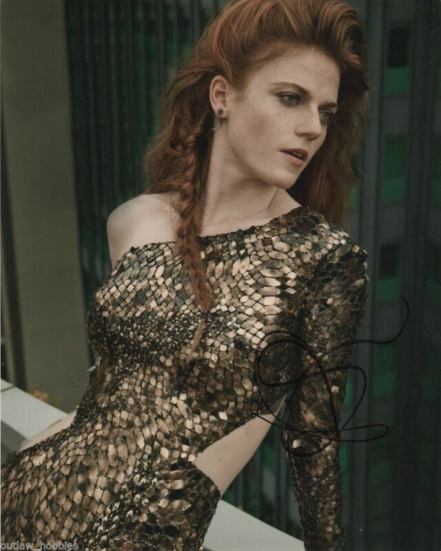 Rose Leslie Sexy Autographed Signed 8x10 Photo COA