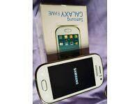 Samsung Galaxy fame unlocked white