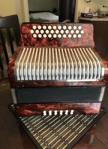Accordeon Hohner ADG