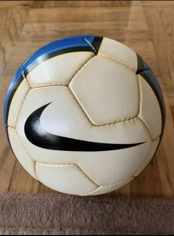 Nike Total 90 Erow II Chinese Super League Official Match Ball 2006/2007