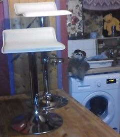 Breakfast Bar Stools with hydraulic height adjustment, (will fit comfortably under standard Tables)