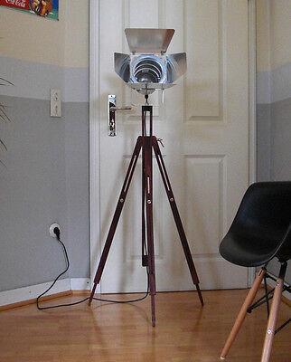 Retro Theater Tripod SPOT WOOD Stehlampe Bauhaus Loft Film Holz Leuchte Lampe