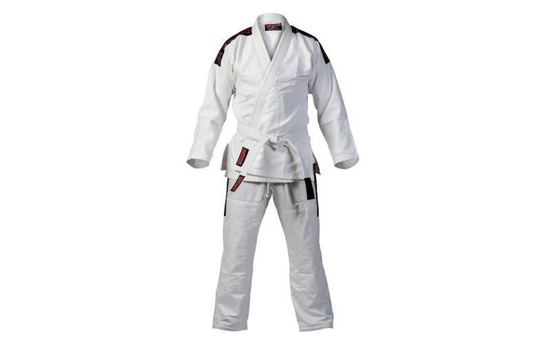 Makiwara und Co unverzichtbares Equipment fur das professionelle Karate Training