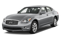 Infiniti Q70 angular front perspective