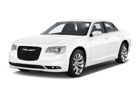Chrysler 300 angular front perspective