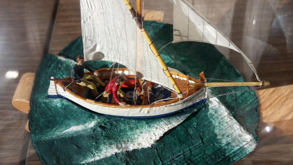 Modello Gozzo ligure San giuseppe nave in bottiglia miniatura